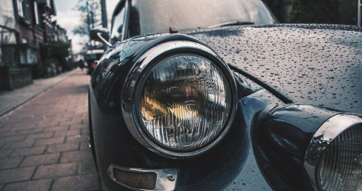 Jak odpowiednio dbać o wnętrze naszego samochodu?