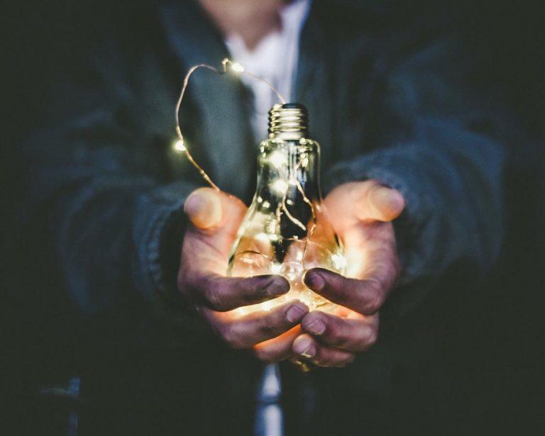 Wskazówki dotyczące pozyskiwania nowych klientów za pomocą strategii marketingu internetowego